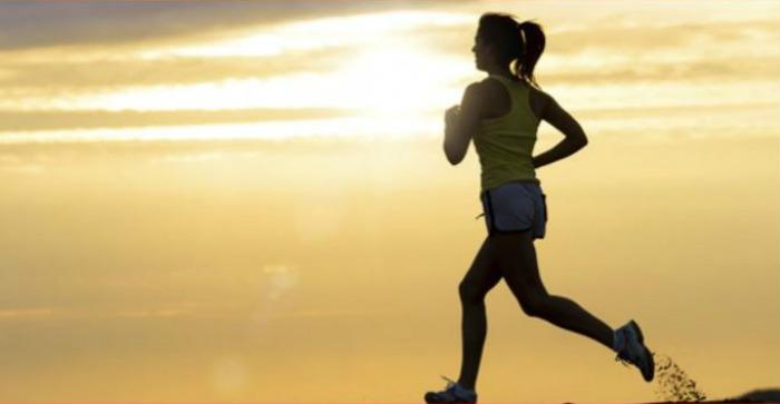 स्वस्थ रहन चाहनुहुन्छ ?  दैनिक आधा घन्टा हिँड्ने बानी बसाल्नुहोस्