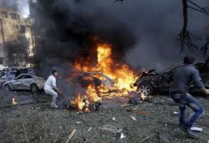 पाकिस्तानमा बम बिस्फोट, ४ प्रहरी मारिए