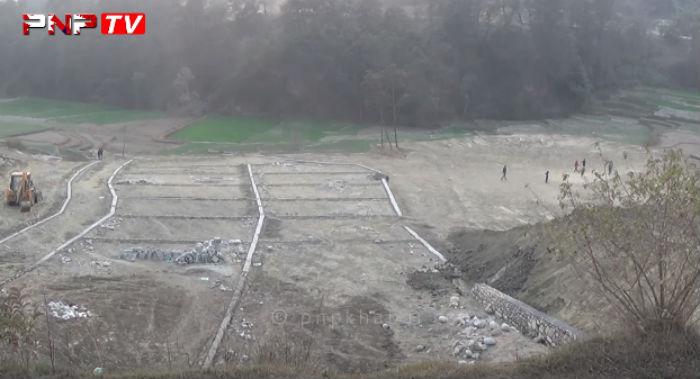 भू-माफियाको दादागिरी ; सामुदायिक वन नै मिचेर प्लानिङ (भिडियो)