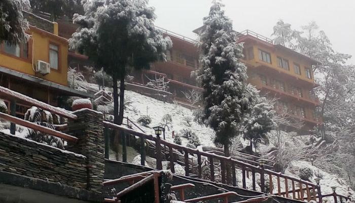 नगरकोटमा हिमपात