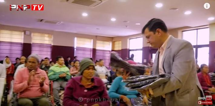 जन्मदिनमा निर्देशक एल एन गौतम उदाहरणीय काम: बिरामीहरुलाई गरे यति ठुलो सहयोग {भिडियो }