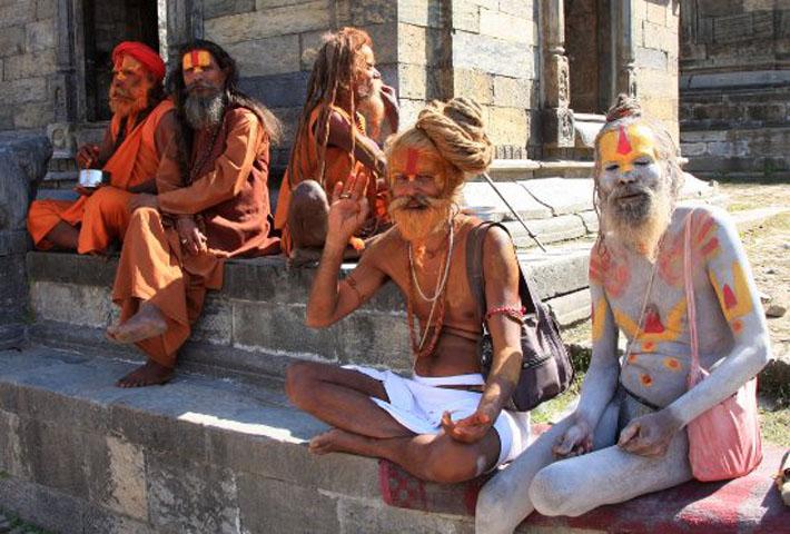 आज महाशिवरात्रि : देशभरका शिव मन्दिरहरूमा शिवको पूजा आराधना गरी मनाइँदै