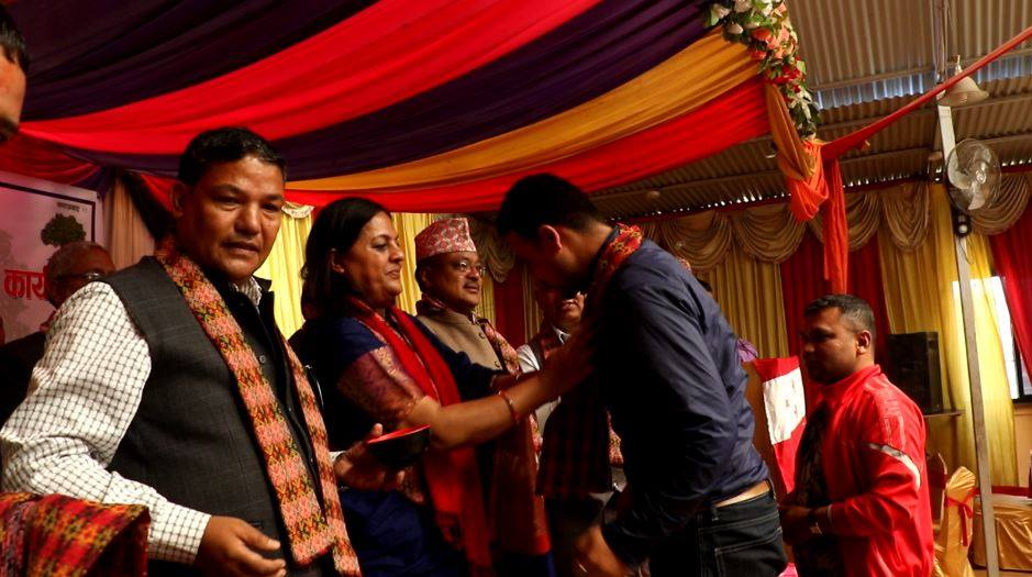 ललितपुरमा ३ दर्जन युवा नेपाली काँग्रेसमा प्रवेश