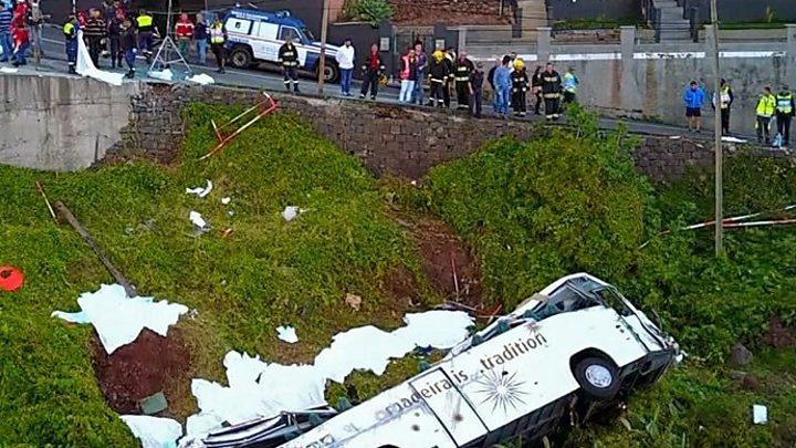 बस दुर्घटनामा २९ जर्मन पर्यटकको मृत्यु